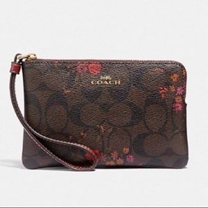NWT COACH Wristlet Brown Metic Currant Floral